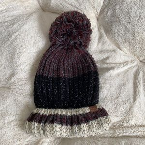 Roots -NWOT, Chunky Knit Toque
